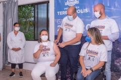 Maria-Geni-de-Azevedo-tecnica-de-Enfermagem-trabalha-no-Centro-de-Testagem-no-EPEM-e-tambem-foi-imunizada