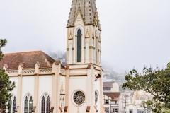 Descida-de-rapel-na-torre-da-Matriz-de-Santa-Teresa