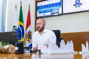 Prefeito Vinicius Claussen abre oficialmente a 1ª Conferência Municipal de Trabalho de Teresópolis