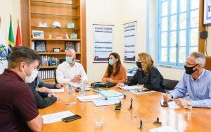 Prefeito Vinicius Claussen e Primeira-dama Paula Schütte Claussen recebem o sec. est. Marcelo Queiroz e o deput. fed. Hugo Leal