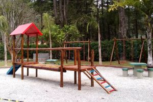 Horto Municipal de Teresópolis ganha parquinho infantil